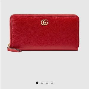 GUCCI ZIP AROUND LEATHER WALLET - RED
